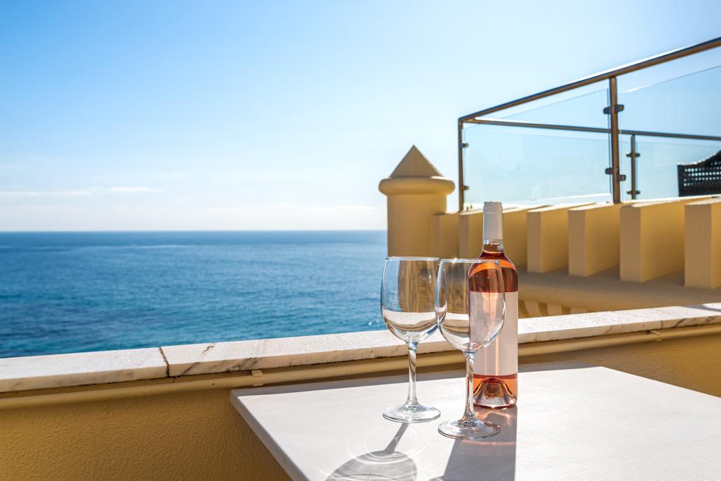 Castelo Guest House Wine